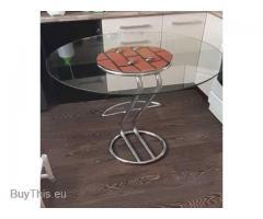 Продам кухонный стеклянный стол