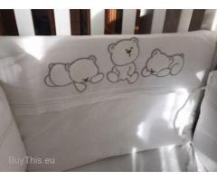 Защита в кроватку. Бортики для кроватки