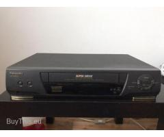 Видеомагнитофон Panasonic NV-SD225