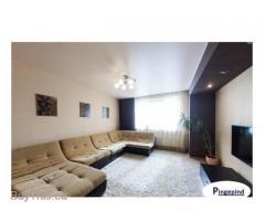 Натяжные потолки по доступным ценам. При заказе всей квартиры,потолок в ванну в подарок 56931612